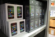 Brand New iPhone 4 $400,  BlackBerry Torch,  Buy 2 get 1 free!